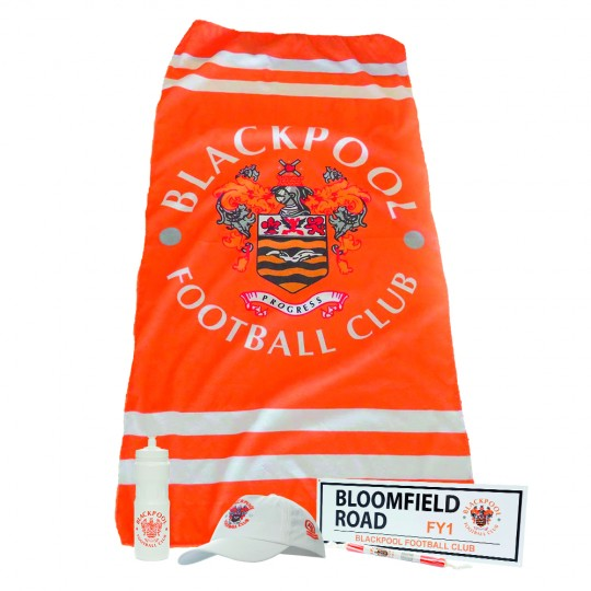 Adult Blackpool FC Holiday in your Garden Bundle